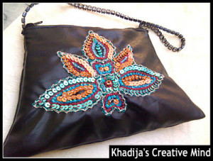 embroidery-on-purse