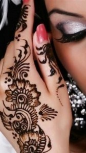 Beautiful Mehndi designs for Eid day #creativecollections