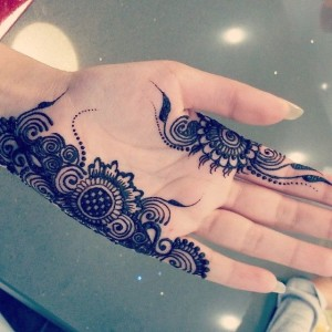 Beautiful Mehndi designs for Eid day #creativecollections9