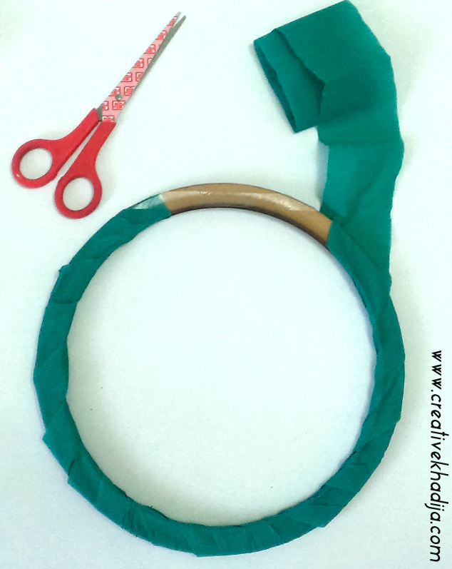 How To Make Crepe Paper Flowers Wreath-Recycling