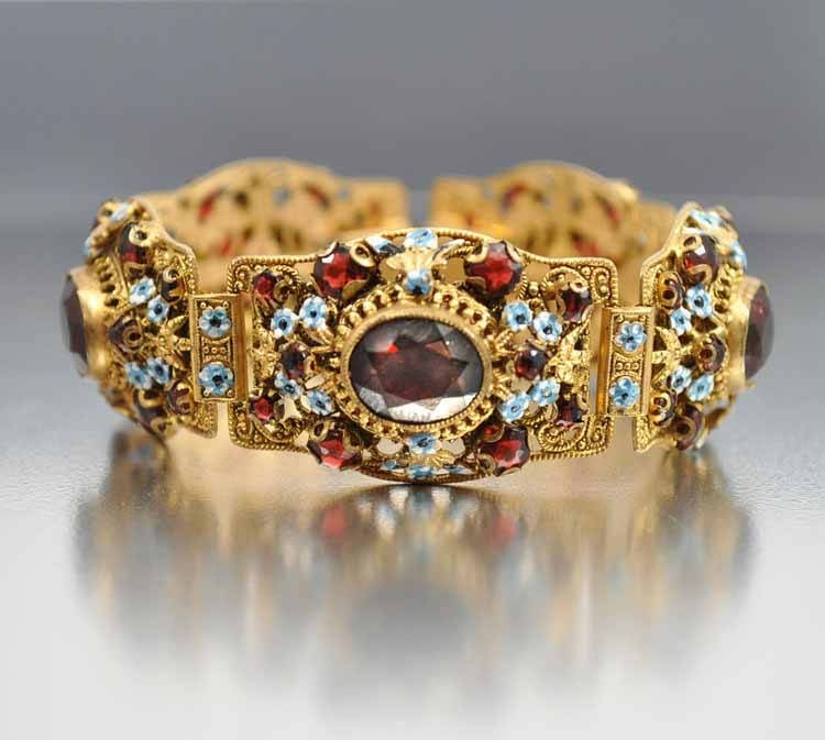 How to sell your jewelry online for the best price for Best place to sell jewelry online