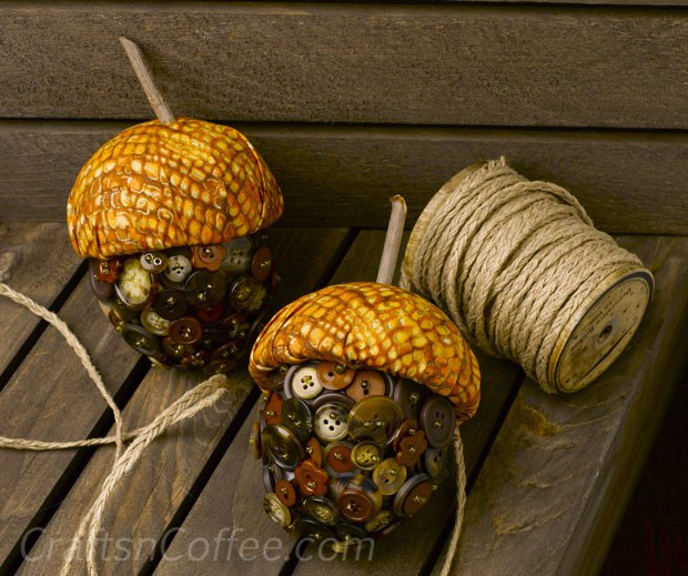 fall and halloween ideas and crafts acorns for kids