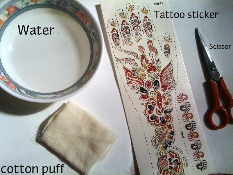 Henna Sticker Application
