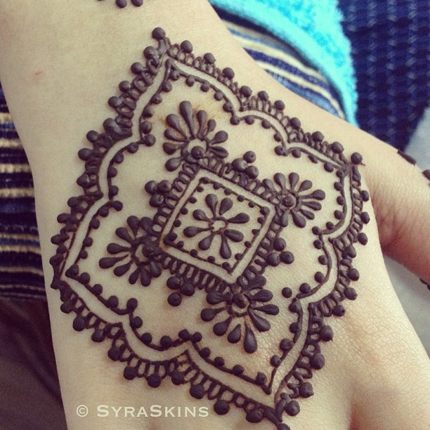 Mehndi-Designs-For-Eid