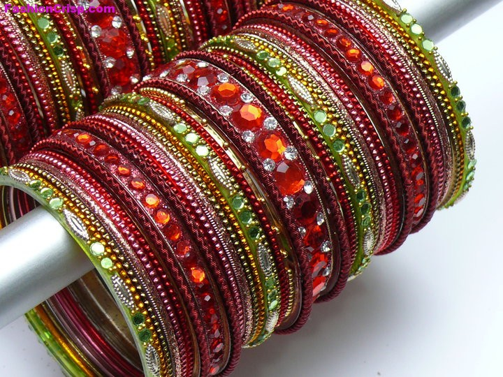 Beautiful-Fancy-Glass-Bangle-Set-5