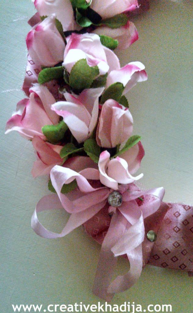 make floral wreath