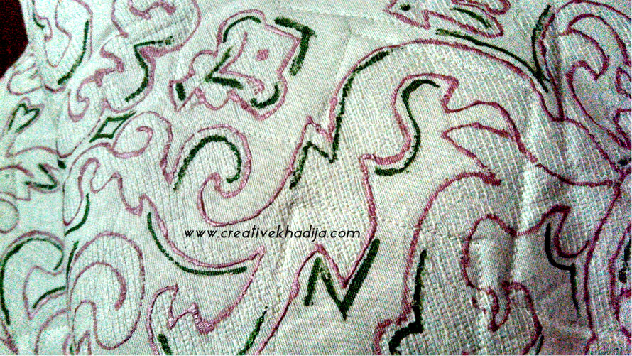 fabric-painted-pillows-diy