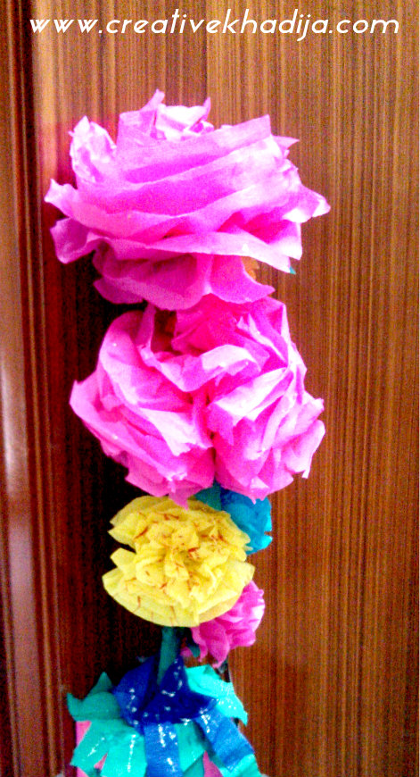 How to make colorful crepe paper flowers1