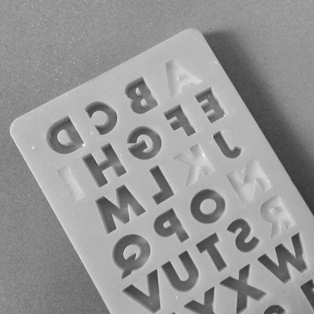 mod podge alphabets mould