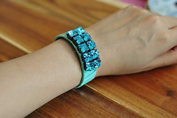 DIY-wrapped-ribbon-bracelets