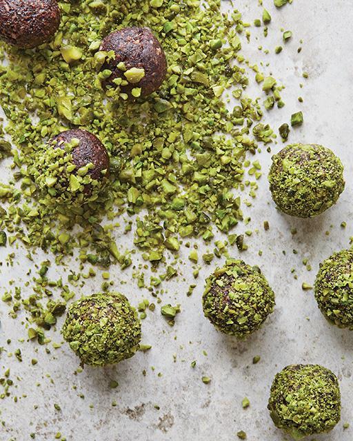 Ramadan-recipe-date-and-pistachio-balls