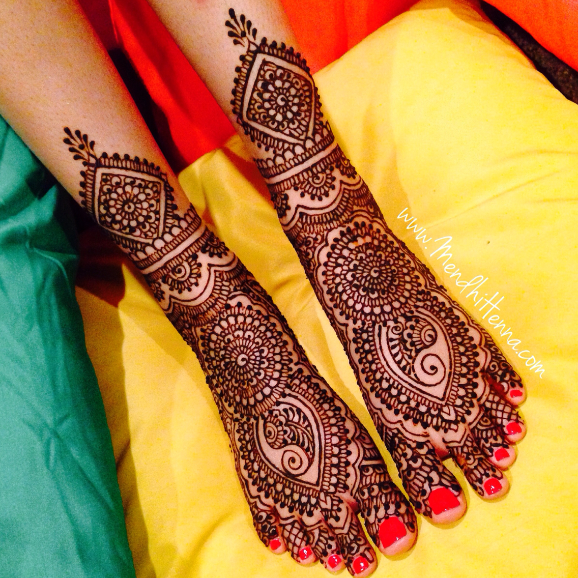heavy bridal feet mehndi