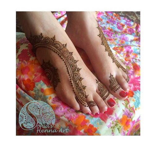 simple henna design for feet