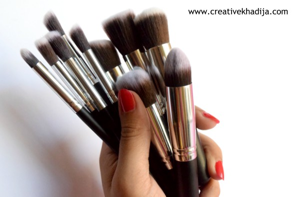 Make Up Brushes Tool Kit