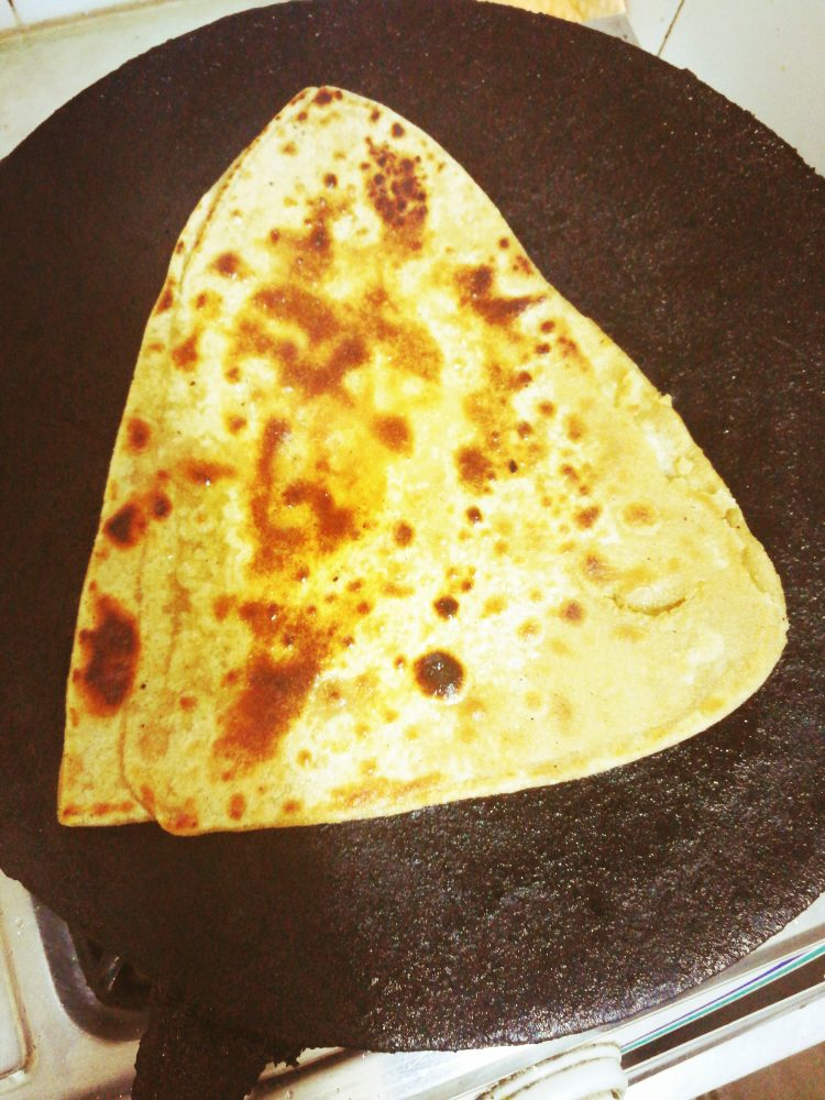 how-to-make-paratha-desi-style-pakistani-food-recipes-step-by-step