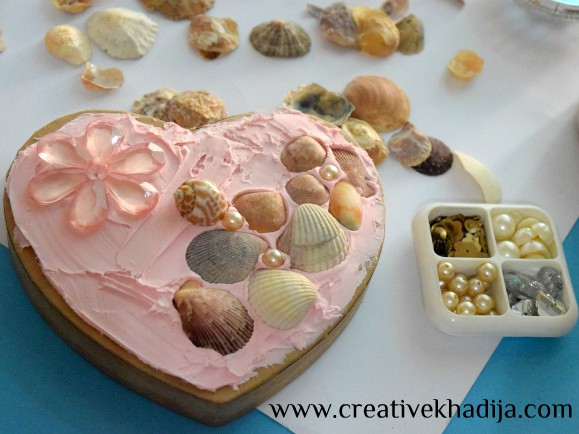valentines day heart shaped box decor with collage clay