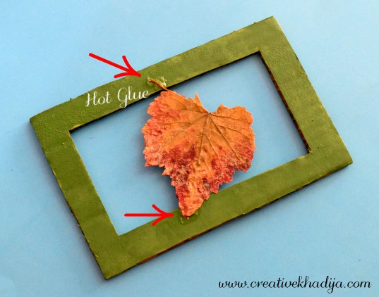 how-to-save-autumn-leaf-for-wall-art-idea