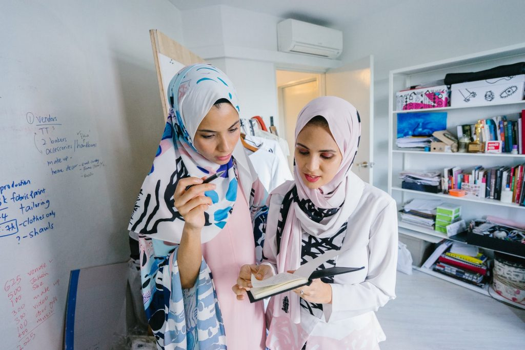 Healthy Food Habits-activities Loved By Hijabi Girls