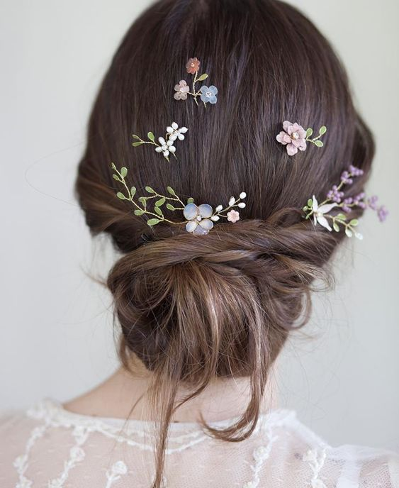 beautiful hairstyles with floral hair pins 10