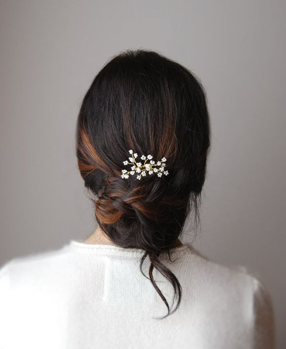 beautiful hairstyles with floral hair pins 2