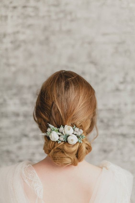 beautiful hairstyles with floral hair pins 4