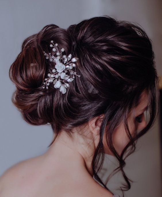 beautiful hairstyles with floral hair pins 8