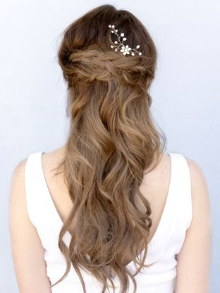 beautiful hairstyles with floral hair pins 9