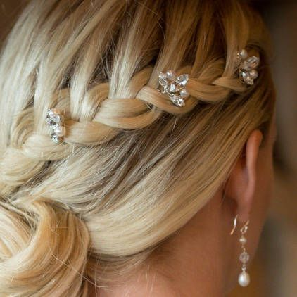 pearl hair pins with updo hairstyles 5