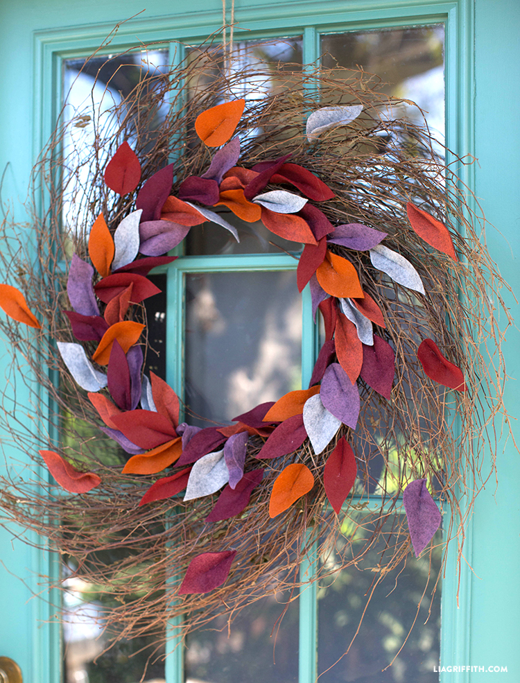 best fall banner and garland ideas from pinterest felt leaves wreath