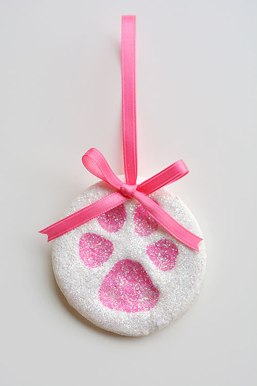 how to make salt dough ornaments and decorations paw print ornament