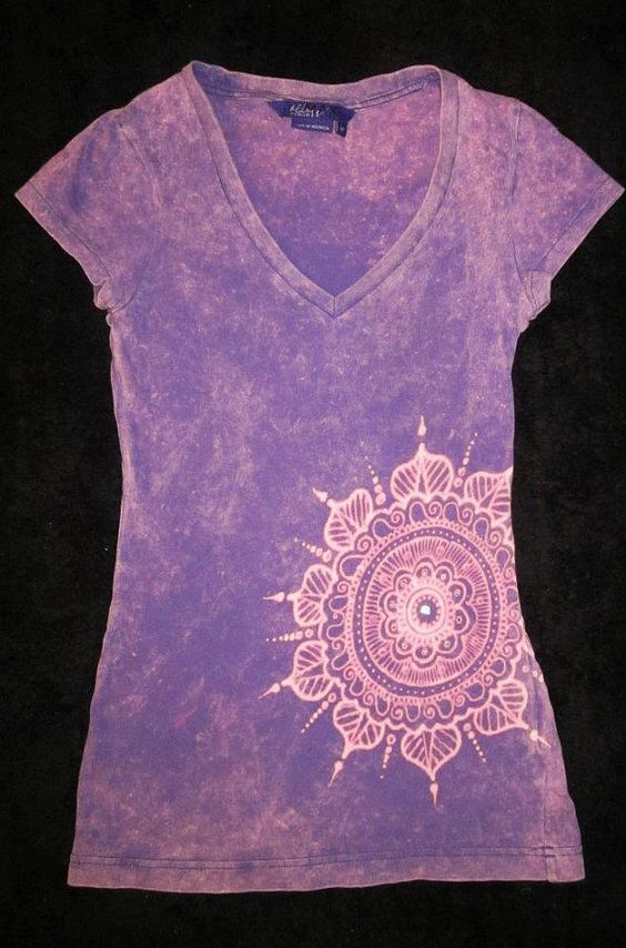 creative ideas using henna patterns in crafts t-shirt