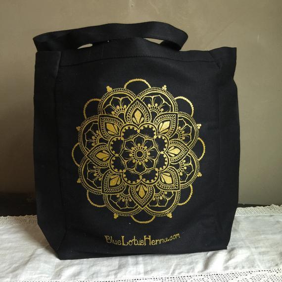 creative ideas using henna patterns in crafts bag