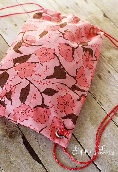 17 easy sewing projects for kids drawstring backpack