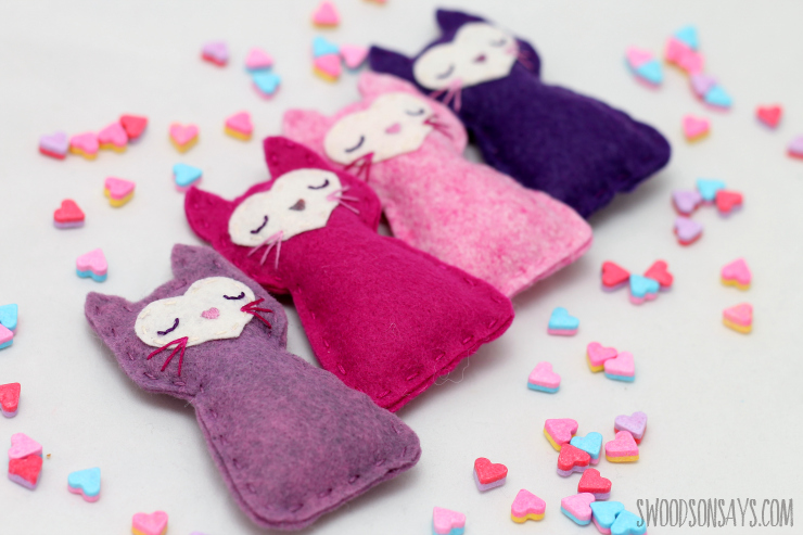 17 easy sewing projects for kids pocket kitty
