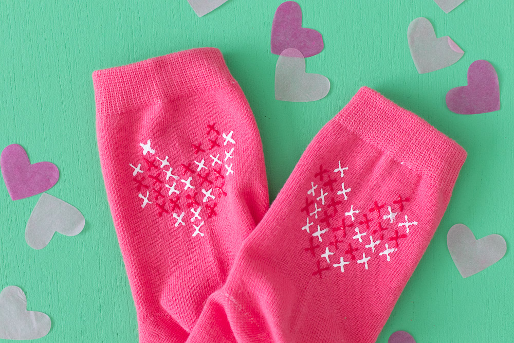 31 gifts and crafts to try for valentine's day 2020 socks