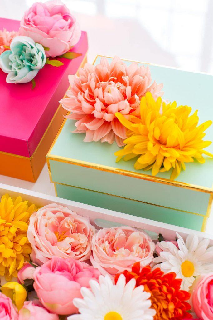 gift basket ideas for eid ul fitar 2020 faux flower topper