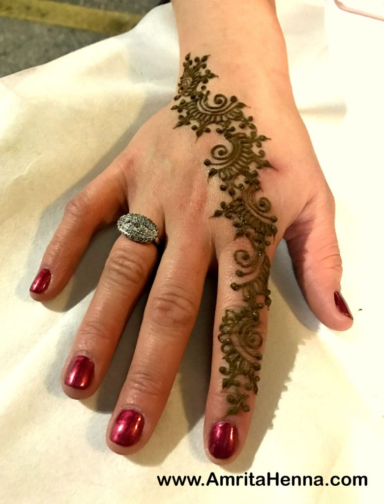 41 mehndi designs for Eid to try this year 2