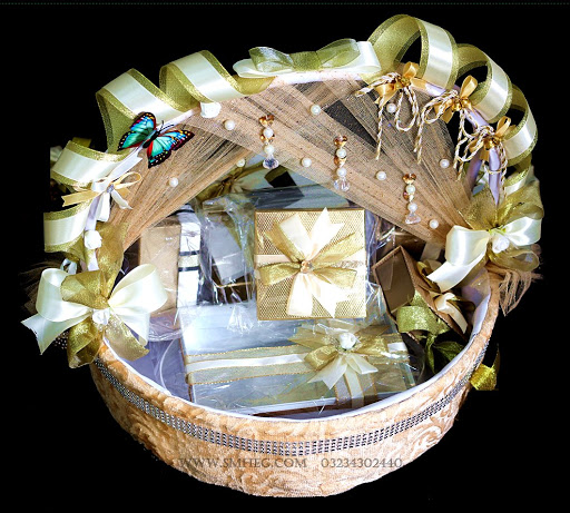 gift basket ideas for eid ul fitar 2020 complete eid gift basket