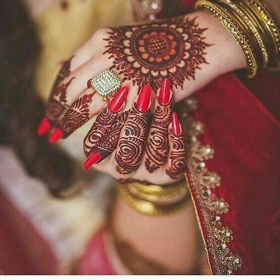 41 mehndi designs for Eid to try this year mandala designs 4