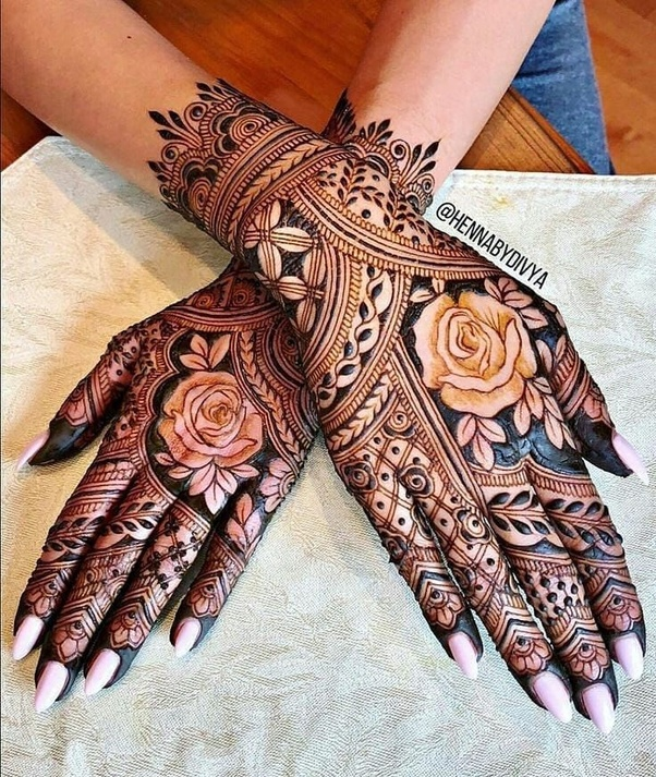 41 mehndi designs for Eid to try this year heavy designs 5