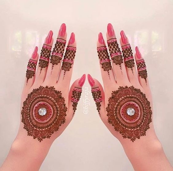 41 mehndi designs for Eid to try this year mandala designs 3