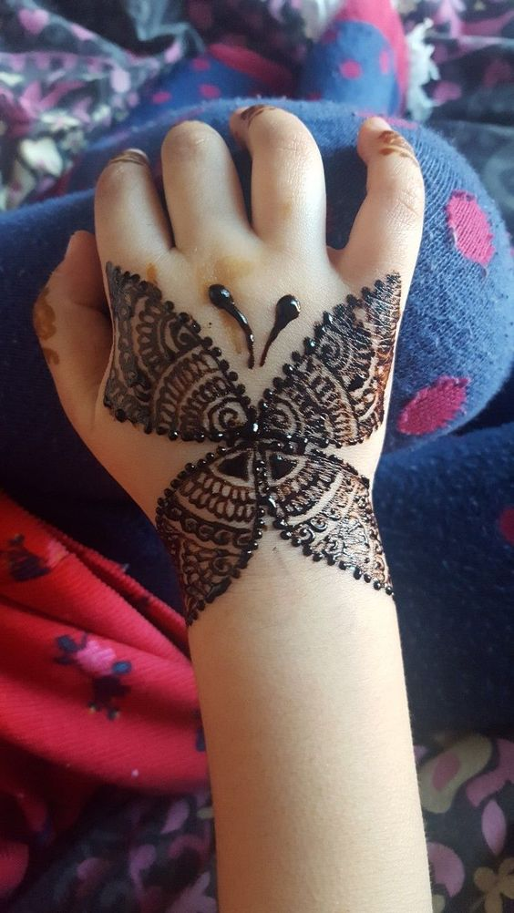 41 mehndi designs for Eid to try this year for kids 1