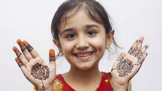 41 mehndi designs for Eid to try this year for kids 5