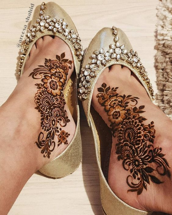 41 mehndi designs for Eid to try this year for feet 5