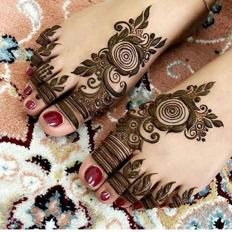 41 mehndi designs for Eid to try this year for feet 7