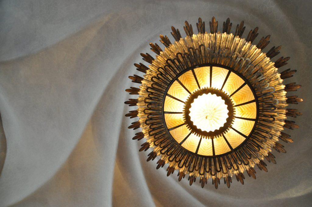 rental property lighting fixtures
