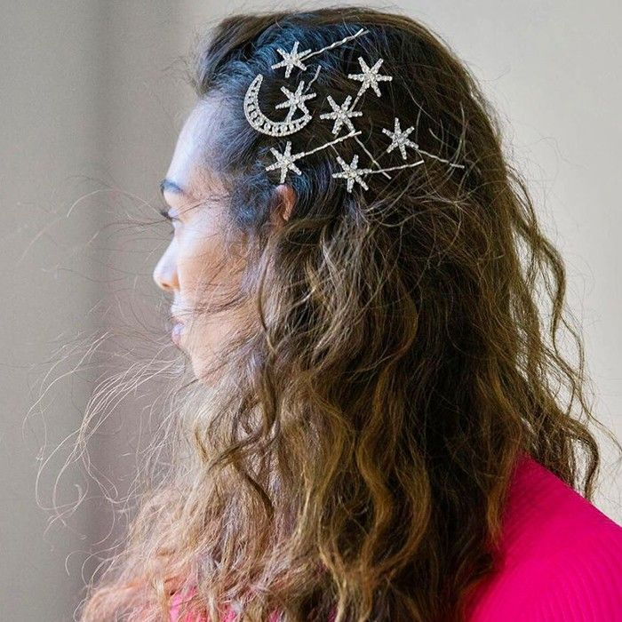 easy hairstyles for curly hair star pins