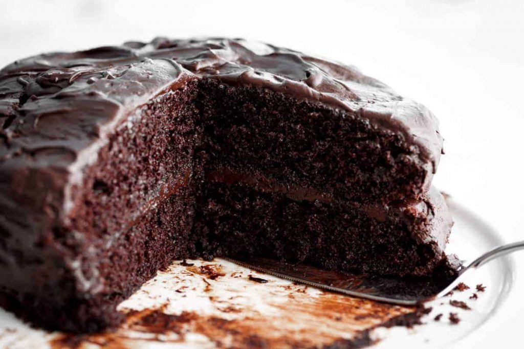classic chocolate cake recipes for new bakers chocolate cake