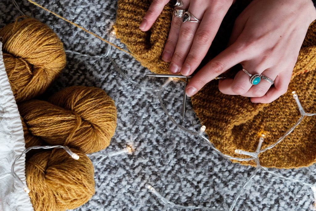 creative indoor activities for grownups knitting