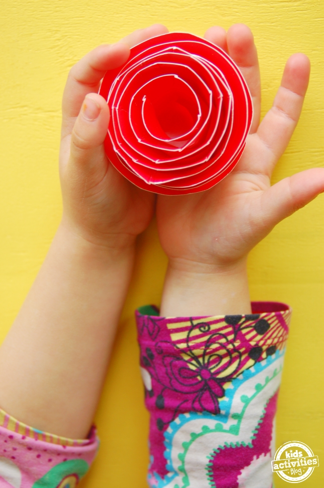 fun activities for kids paper plate roses